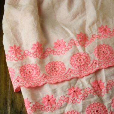 How to Make a Simple Ruffle Fabric Skirt