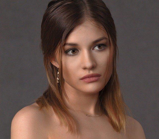 Natural Makeup To Remove Dark Circles From Face