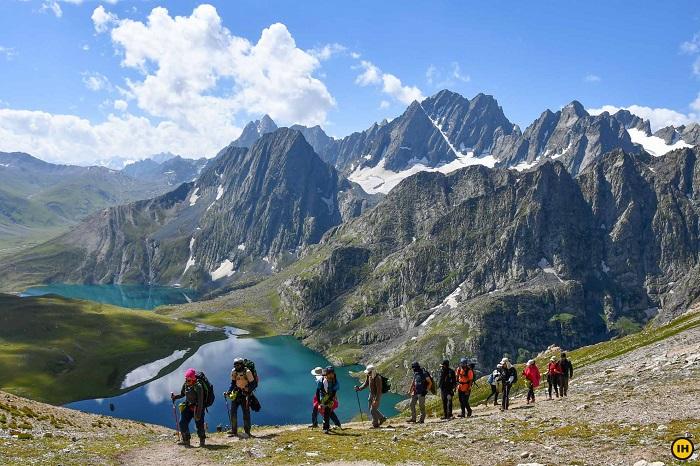 Great Lakes of Kashmir Trek