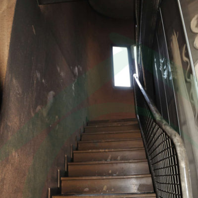 escalera-afectada-por-incendio
