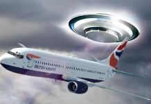 boeing 737 incontra UFO