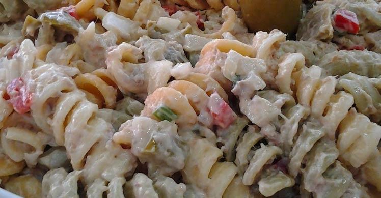 Receita de Salada de Macarrão com Atum