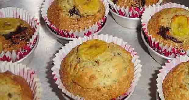 Muffins de banana e gengibre com chocolate - Como fazer Geladinho de Iogurte com Biscoito