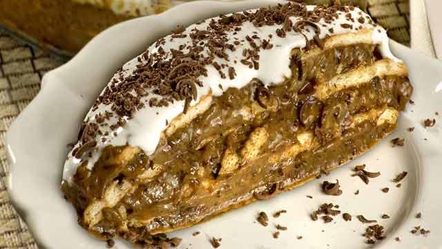 Delicioso Pavê de Ameixa com Abacaxi - Torta Merengada de Abacaxi