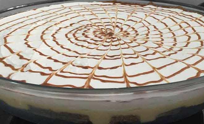Torta Gelada de Chocolate com Mousse de Maracujá - Torta de Ricota com Nozes e Calda de Damasco