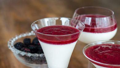 Como fazer Panna Cotta de Cottage e Frutas Vermelhas