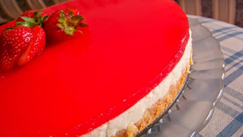 Delicioso Cheesecake de Limão e Frutas Vermelhas