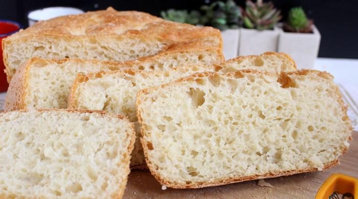 Pão rústico sem panela de ferro e sem sova