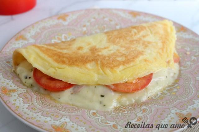 Pão de queijo misto quente na frigideria