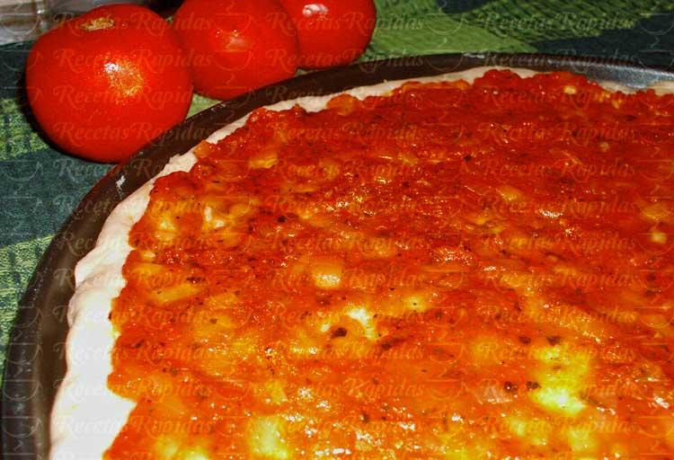 Salsa de tomate casera para pizza