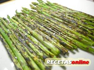 esparragos-a-la-plancha-recetas-de-cocina-recetasonline