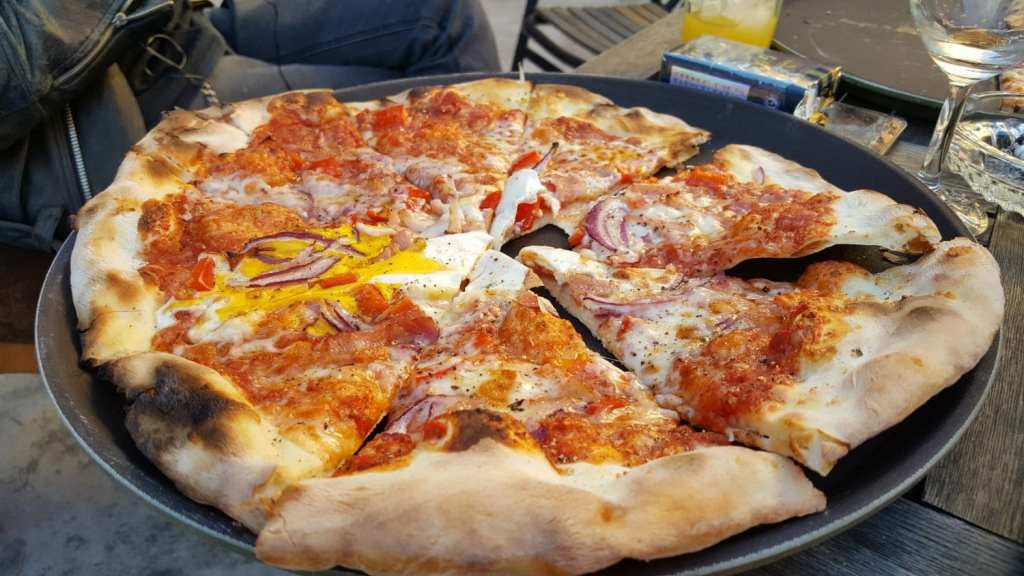 Receta pizza 4 estaciones