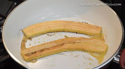 Dorar Platanos en mantequilla