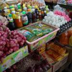 Produits et sur étal de marché en Thaïlande