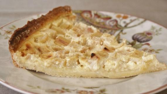 tarte à la rhubarbe maison © par Fanny GRW - Recettes d'ici et d'ailleurs