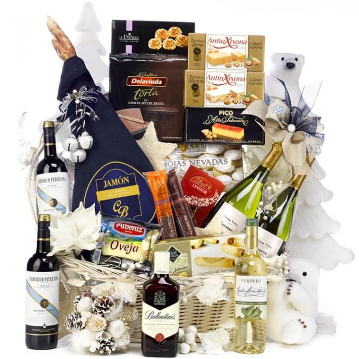 Consejos para escoger el vino en los estuches y cestas de Navidad