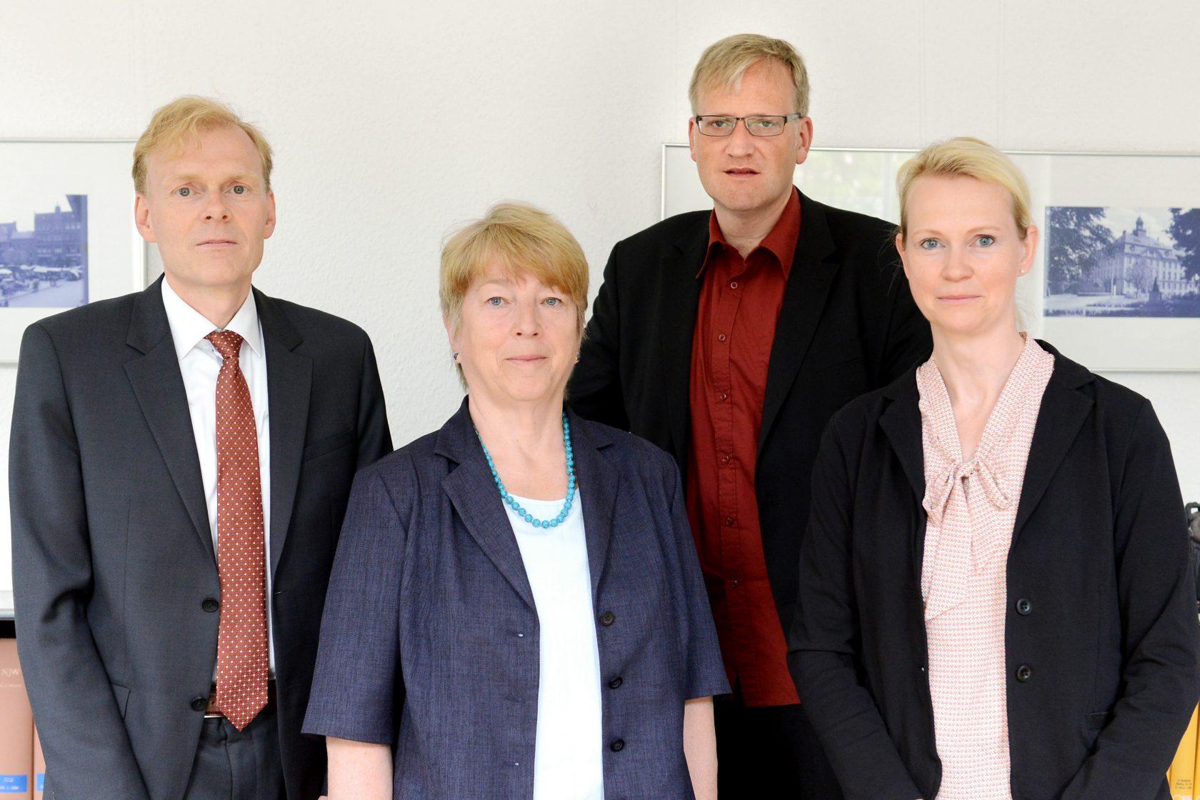 Gruppenfoto der Rechtsanwälte in der Kanzlei Senftenberg