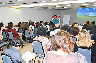Público recebeu instruções sobre a origem da doença falciforme