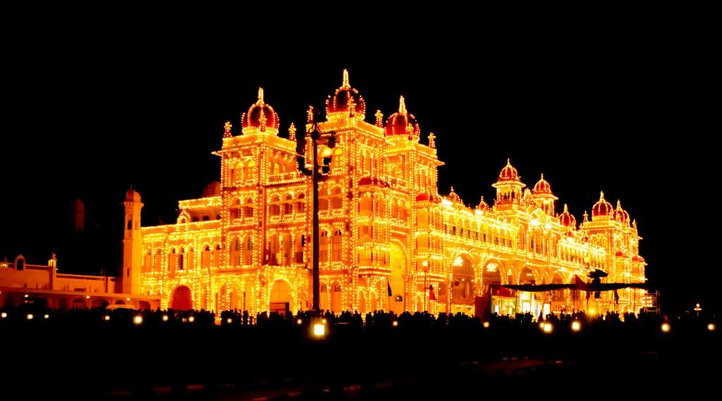 Mysore Palace lit up with more than 97000 bulbs Photo Credit: ashwin kumar via Compfight cc