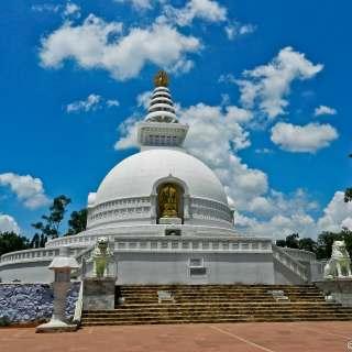 Vishwa Shanti Stupa at Rajgir Photo Credit: Shadows Galore via Compfight cc