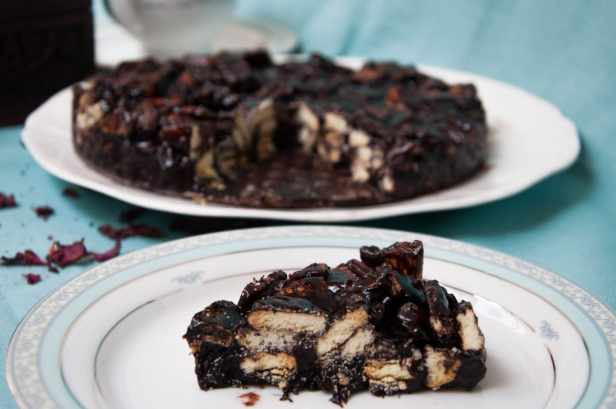 Marie biscuit chocolate cold cake