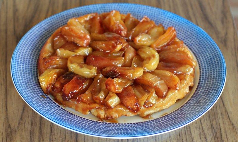 Cast Iron Tarte Tatin with easy food processor flaky crust