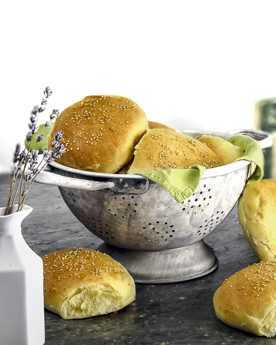 Soft and Tender Sandwich Rolls (or dinner rolls, or buns)