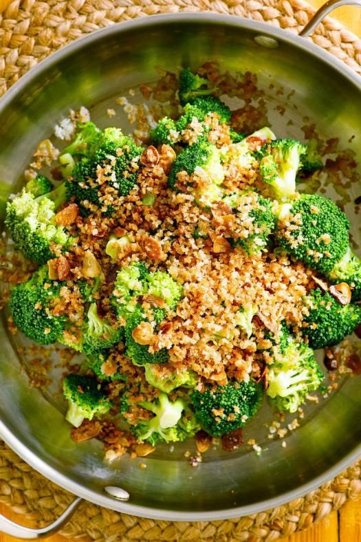 Broccoli with Toasted Garlic Crumbs