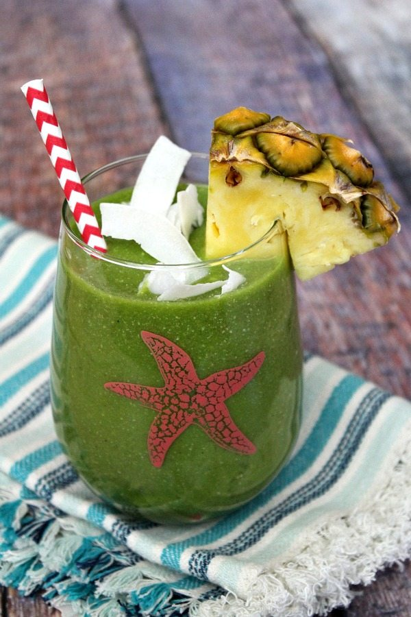 Tropical Green Smoothie #recipe - RecipeGirl.com