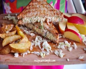 Yummy Coleslaw Chicken Sandwich