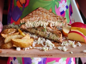 coleslaw chicken sandwich