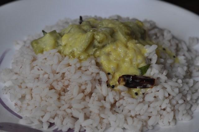 peechinga Parippu with rice