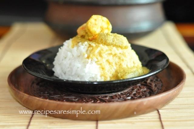 Shrimp Curry with Coconut and Bilimbi Fruit recipe
