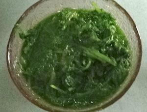 makai palak - spinach pureehttp://www.recipesaresimple.com/wp-content/uploads/2013/12/makai-palak-drain-spinach.jpg