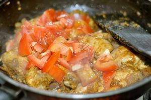 capsicum chicken kadai add tmatoes