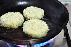 aloo tikki burger - fry in batches