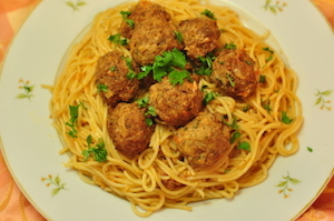 SERVE Spaghetti and Meatballs