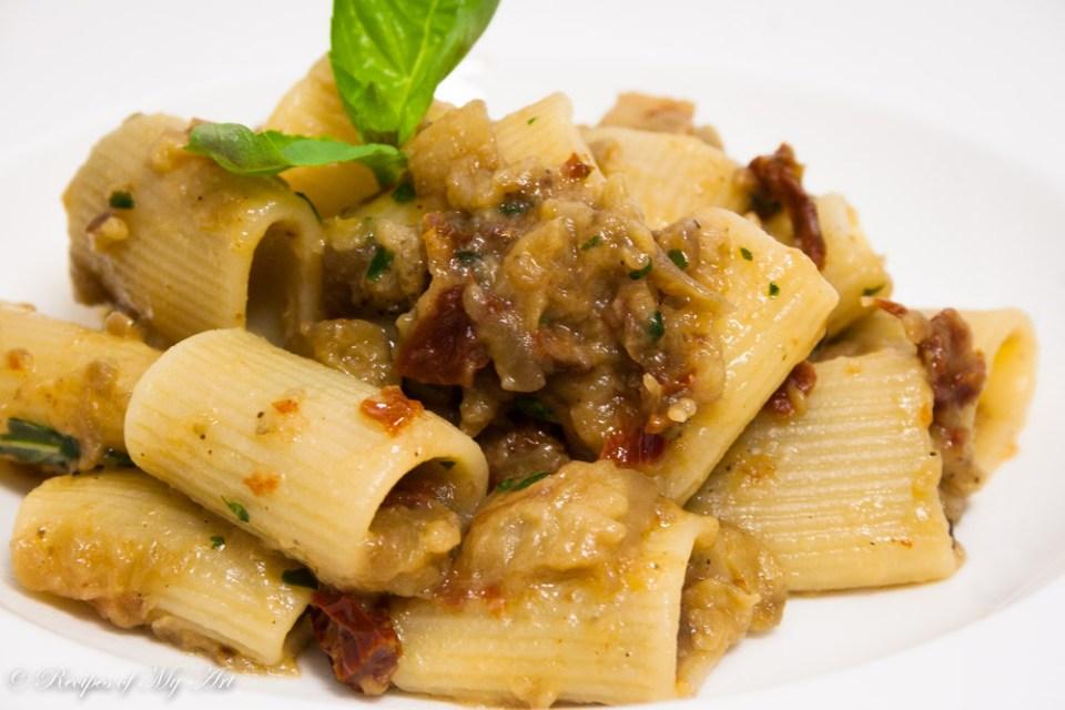 Aubergine Sundried Tomato Pasta-6