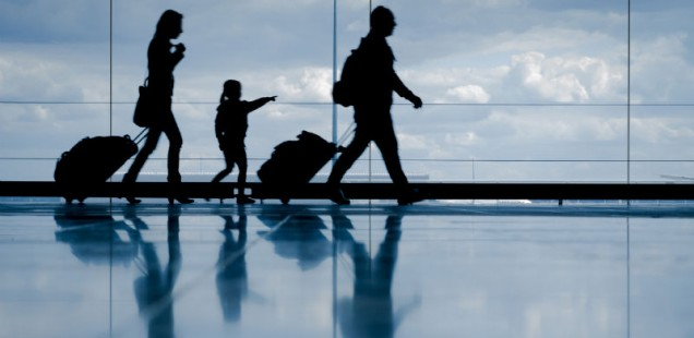 viajar en avion sin niños
