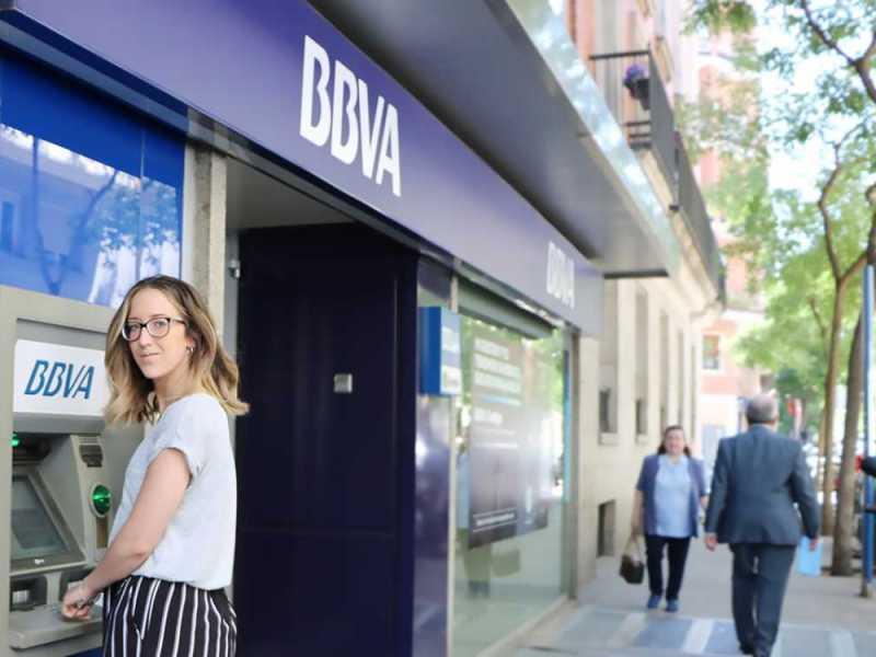 Ser o no ser consumidor, esa es la cuestión (para reclamar a un banco)