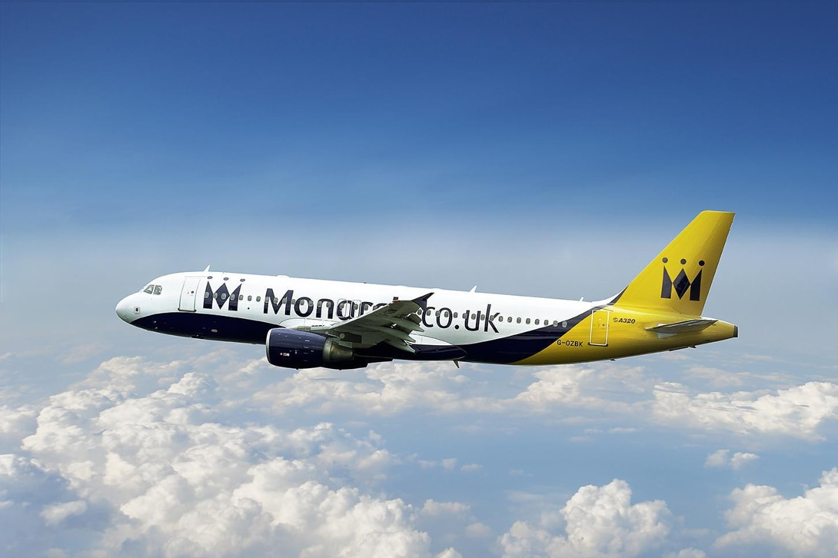 Avión de la compañía Monarch para ilustrar post sobre su quiebra. Foto de reclamador.es, compañía online de reclamaciones