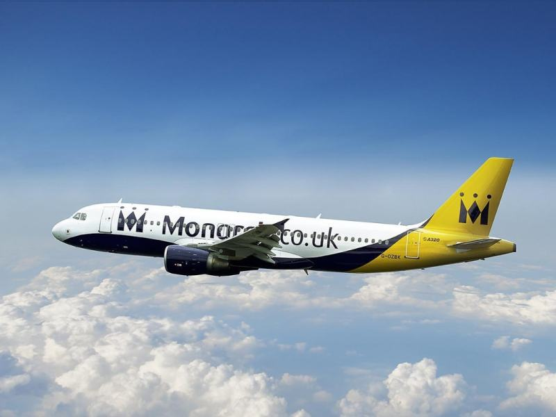 ¿Qué hacer ante la suspensión de los vuelos de Monarch?