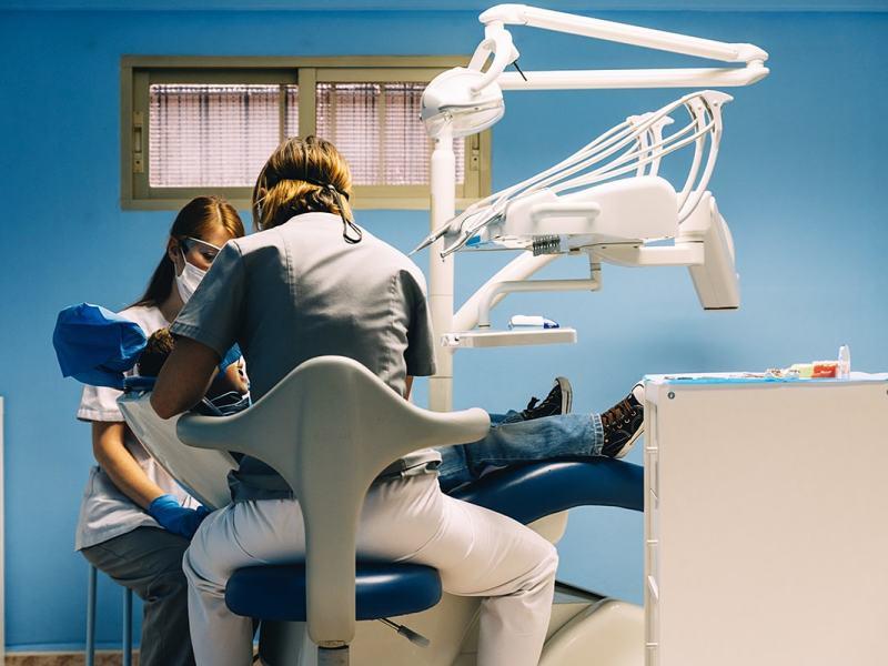 Reclamaciones a Dentix e Idental por negligencias dentales