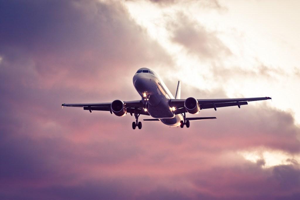 ¿Qué ocurre si alguien fallece en un avión? Actuación de las autoridades