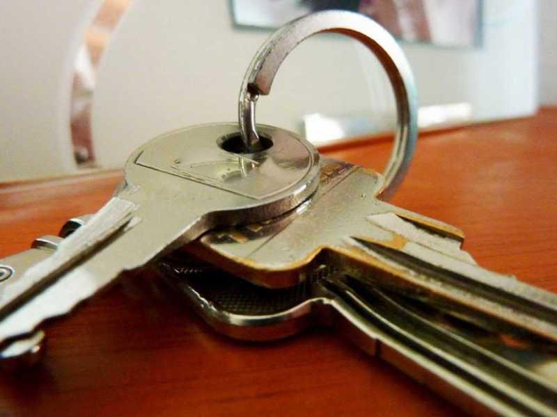 Alquilar un piso sin residencia legal en España: ¿es posible?