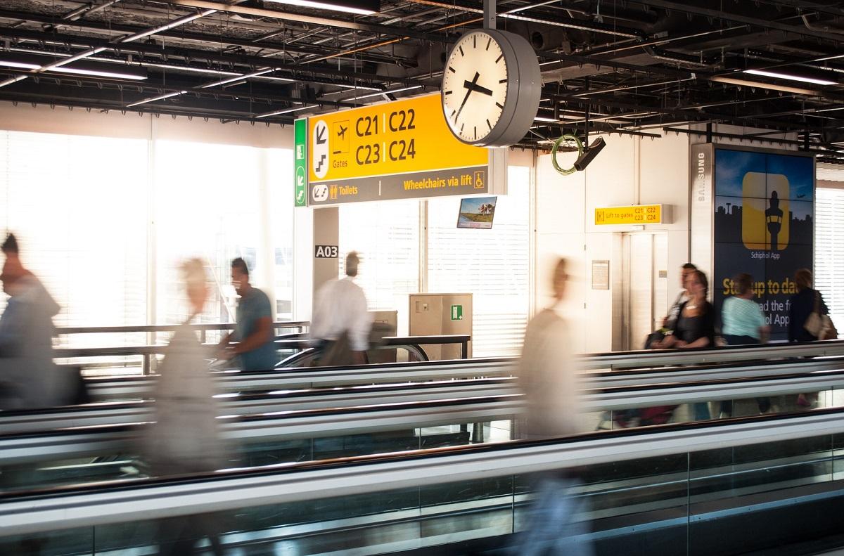 reclamar vuelo reprogramado cambio hora de salida