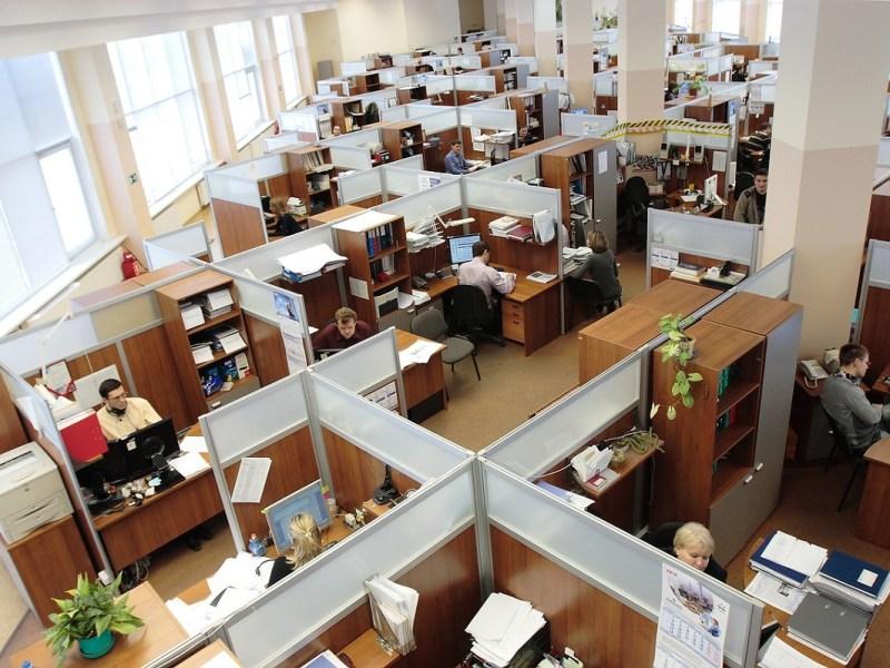 Cambio de dueños en una empresa: ¿qué ocurre con los trabajadores?