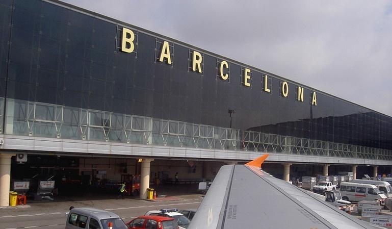 Aparcamiento de pago en El Prat