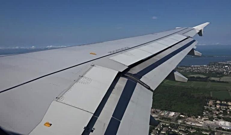 ¿Qué función tienen las marcas de los aviones?