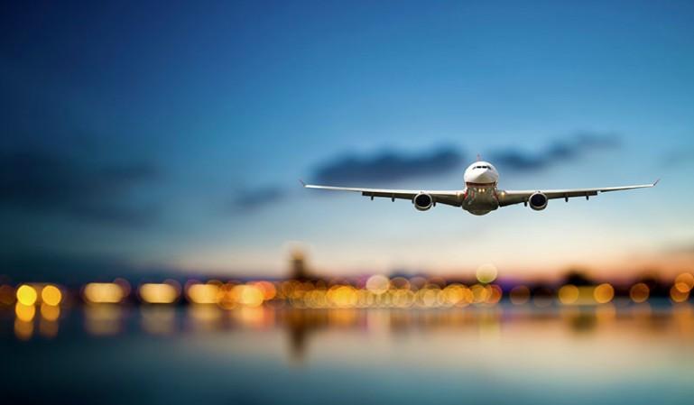 Estará prohibido volar a Canarias e Islas Baleares